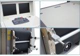Droga della strumentazione di sicurezza che controlla lo scanner dei bagagli del raggio di X