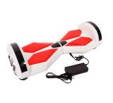 卸売2の車輪Bluetooth/LEDライトで構築されるScoooterのボードのバランスをとっているHoverboardの電気自己8インチの