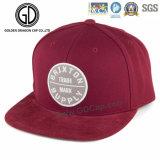 新しい100%Cotton赤6のパネルの刺繍によって合われる急な回復の帽子