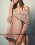 Pullover lungo incappucciato del maglione del manicotto delle donne con le caselle