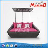새로운 디자인 옥외 안뜰 등나무 침대 겸용 소파 가구 제조자
