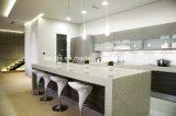 熱い固体表面のカラーラの白い大理石の台所カウンタートップ