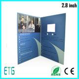 Brochure promotionnelle de vidéo d'affichage à cristaux liquides de carte de livre de cadeau de papier enduit des prix de 2.4 pouces