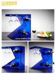 アクリルのワイングラスの飾り戸棚