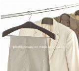 Сбывание измерений вешалки причудливый одежд
