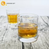 Taza de cristal clara redonda promocional del whisky del vino