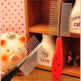 El producto del animal doméstico, los peines de acero del pelo de las agujas de la mano plástica dirige a surtidor
