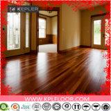 紫外線コーティングの表面処理および屋内使用法のビニールのタイルのフロアーリング