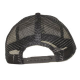 Los deportes de encargo de los hombres bordaron el sombrero negro del camionero
