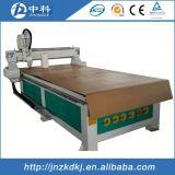 Machine en bois de commande numérique par ordinateur de haute performance pour l'industrie de décoration