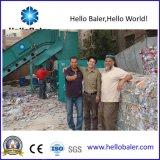 Hello het In balen verpakken van het Papierafval van de Pers Horizontale Machine met Transportband