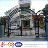 電流を通された高品質の優雅な錬鉄の安全ゲート