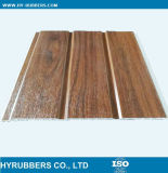 木カラーデザインによって薄板にされるPVC壁の天井