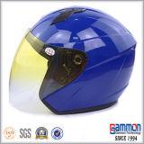 輝やきの黒く涼しいオートバイのヘルメットかスクーターのヘルメット(OP206)