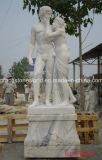 Le marbre a découpé la sculpture en trois dames