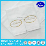 Handdoek de van uitstekende kwaliteit van het Hotel van de Van een lus voorzien Stapel