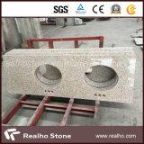 Stanza da bagno gialla rustica Vanitytop del granito della Cina con i doppi dispersori della porcellana