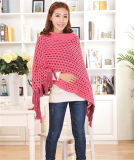 고품질 스웨터에 의하여 뜨개질을 한 여자의 케이프가 Tasseled 스웨터 100% 아크릴에 의하여 밖으로 속을 비게 한다