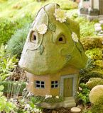 Da casa feericamente decorativa ao ar livre do jardim de Polyresin luz solar