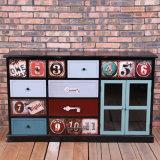Gabinete de madeira de muitas gavetas