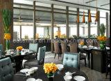 Tabela de madeira do restaurante do revestimento ajustada à mobília do restaurante de Dubai