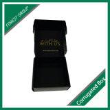 Het zwarte Vakje van de Folie van het Vakje van het Document Gouden met de Folie van de Douane die voor het Verschepen wordt gestempeld