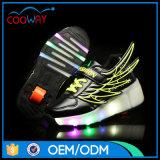 Оптовое СИД освещает вверх ягнится ботинки конька ролика крылов