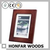 Естественный Brown стоя деревянная картинная рамка с циновкой