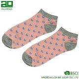 Изготовленный на заказ носки хлопка лодыжки женщины