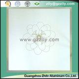 꽃 패턴 - 작약을%s 가진 장식적인 서리로 덥은 천장판