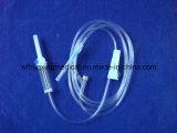 Ce & ISO keurden Steriele die Infusie Disposible goed met Naald wordt geplaatst