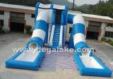 Corrediça de água dupla da pista do túnel selvagem inflável gigante com corrediça inflável azul e branca de câmara de ar interna de água com câmara de ar interna