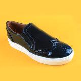 2017 scarpe da tennis piane di modo delle donne dell'unità di elaborazione del nero dello Slip-on delle signore casuali