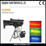 O equipamento 360W do estágio segue o projector