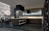 Armário de madeira luxuoso personalizado da cozinha com o gabinete de parede de vidro e a cremalheira do vinho (BVK-192)