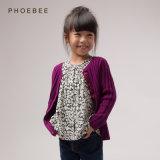 ばねまたは秋のための女の子のセーターに着せているPhoebeeの卸し売り子供