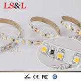 Striplight 60LEDs/M/24W/Roll do diodo emissor de luz de CV3528 SMD, energia de salvamento