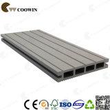 Decking creux gris de HDPE du bois de construction WPC de route de jardin