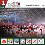 Grand classique Tente de mariage Décoré pour 500 personnes