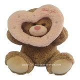 urso da peluche do Valentim de 30cm com coração