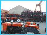 Trattore agricolo a ruote cinese di buona prestazione del rifornimento con il motore diesel (40 HP/48 HP/55HP)