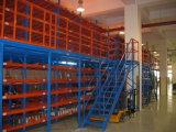 Mezzanine de aço usado no armazém