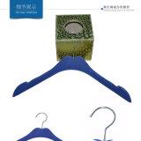 Perchas del terciopelo de las señoras para la visualización de la ropa de la alineada de la marca de fábrica
