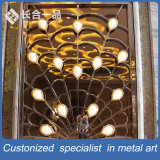 工場製造の孔雀の形のHotellのロビーのための金カーテン・ウォール