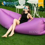 Im Freienluft-Sofa-Bett-Schlaf-Beutel-aufblasbarer Luftsun-Nichtstuer