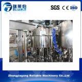 Nueva máquina de rellenar aireada carbónica automática del agua
