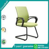 Heißer Verkaufs-populärer preiswerter bequemer Medium-Rückseiten-Ineinander greifen-Büro-Stuhl u. Konferenz-Möbel