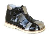 Sapatas ortopédicas do miúdo para sandálias da correção dos pés do problema