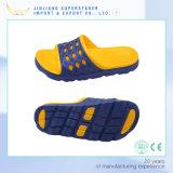Sandálias confortáveis das sapatas ocasionais dos homens dos deslizadores de EVA