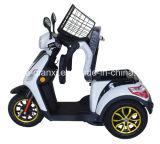 A motocicleta Disabled de três rodas